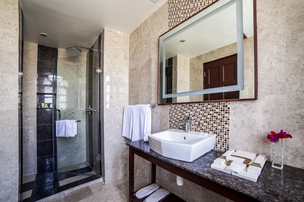 Best Western Plus Zanzibar - Badezimmer