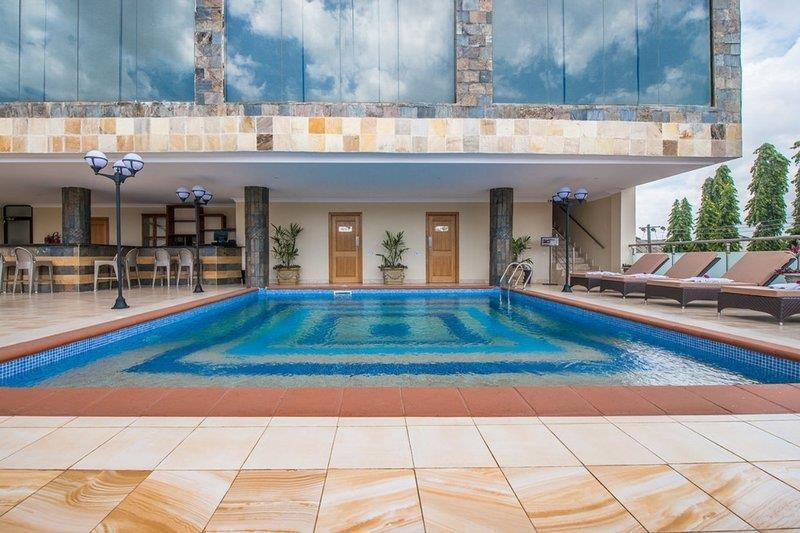 Best Western CBD Hotel - Outdoor Swimming Pool