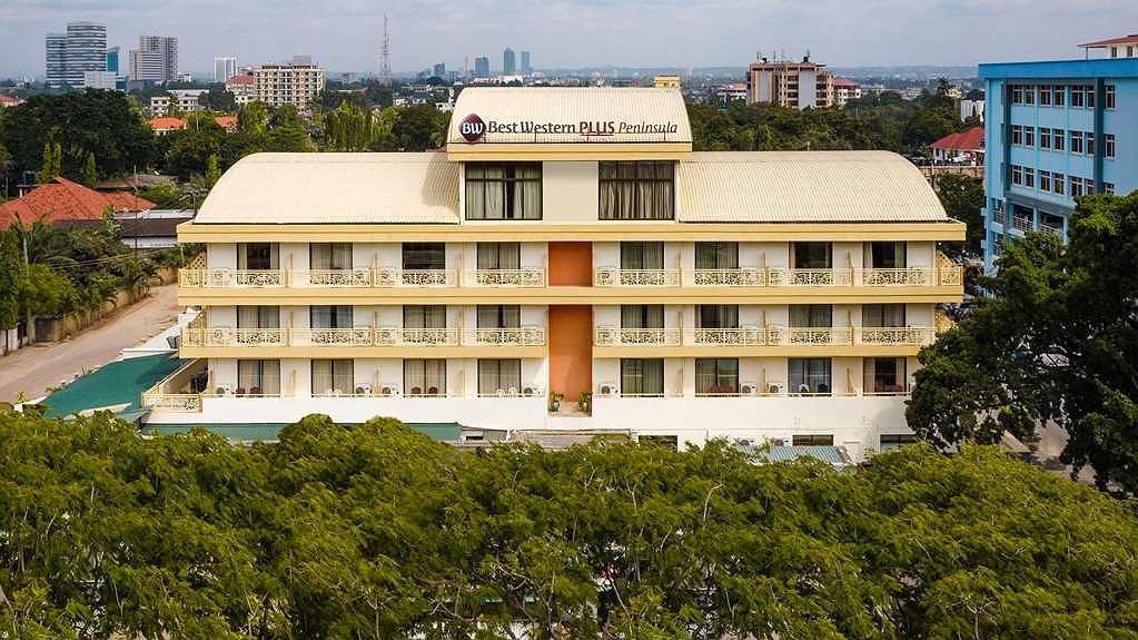 Best Western Plus Peninsula Hotel - Façade