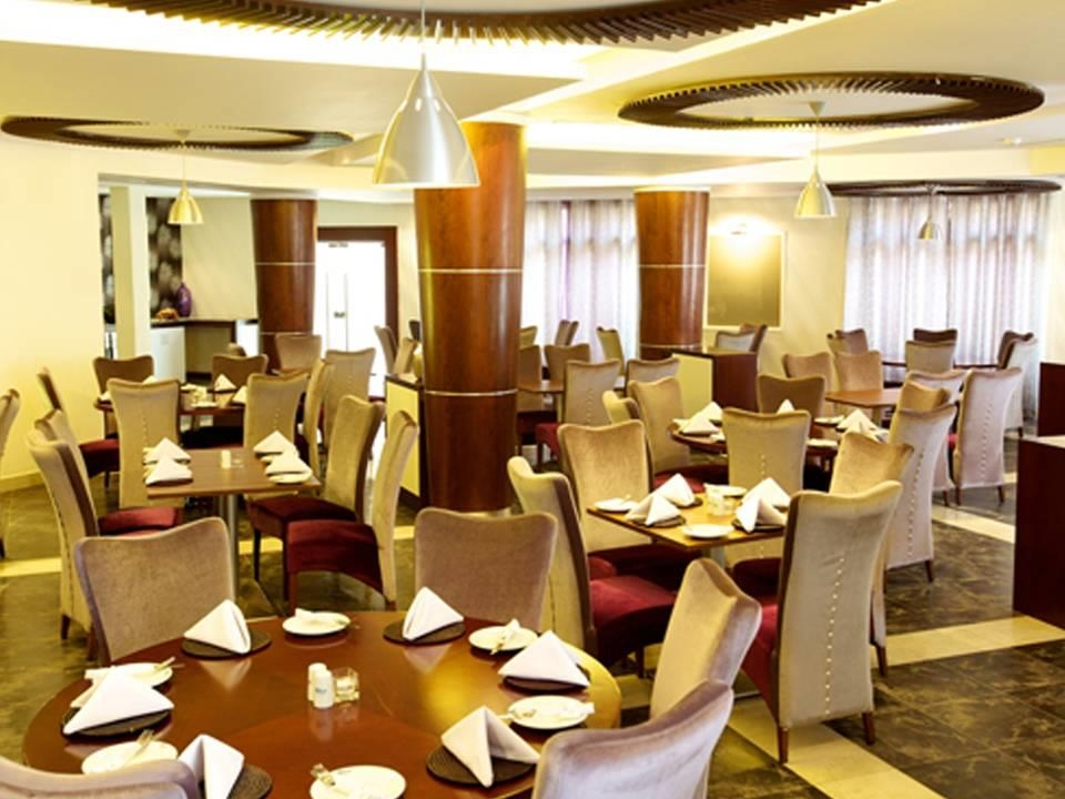 Best Western Plus Peninsula Hotel - Restaurant