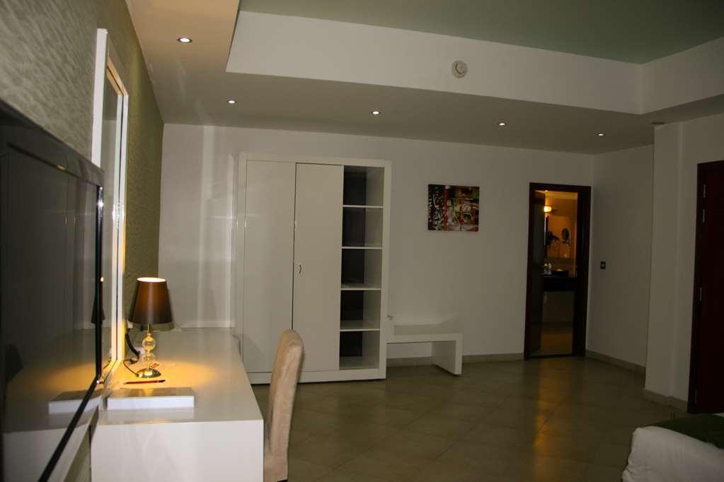 Best Western Plus Peninsula Hotel - Zimmer Annehmlichkeiten