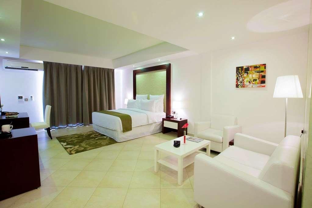 Best Western Plus Peninsula Hotel - Gästezimmer/ Unterkünfte