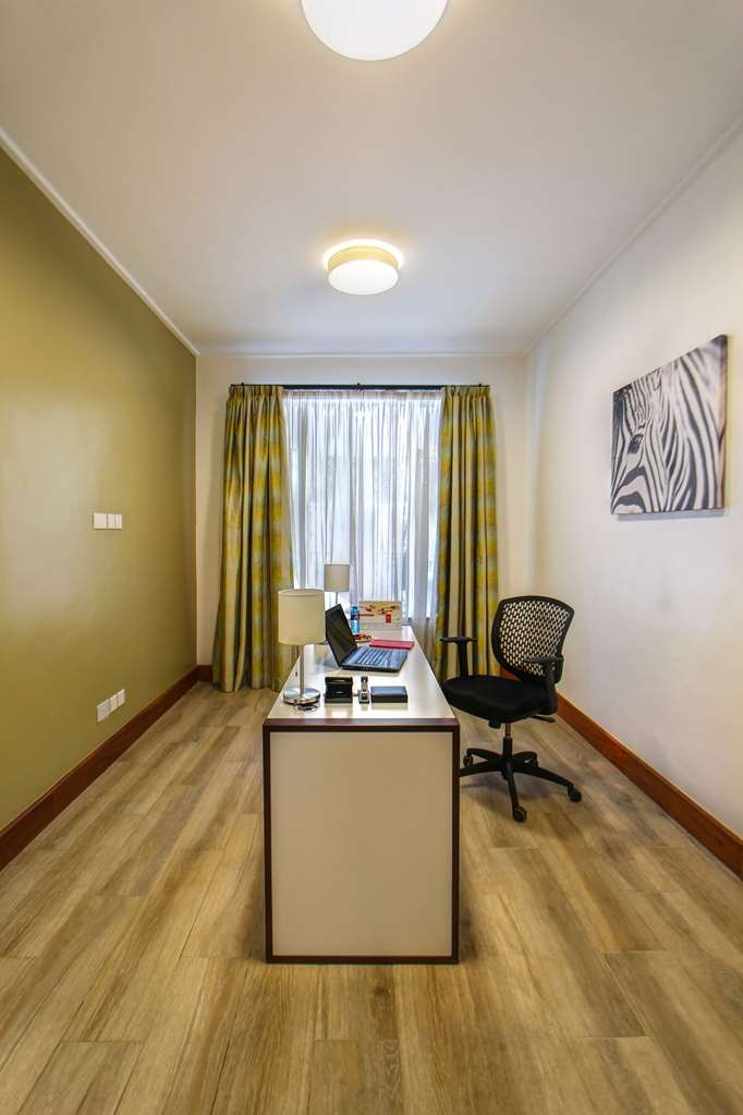 Executive Residency by Best Western Nairobi - suite -característica
