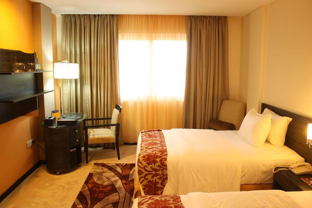 Best Western Premier Accra Airport Hotel - Standard Twin Guest Room