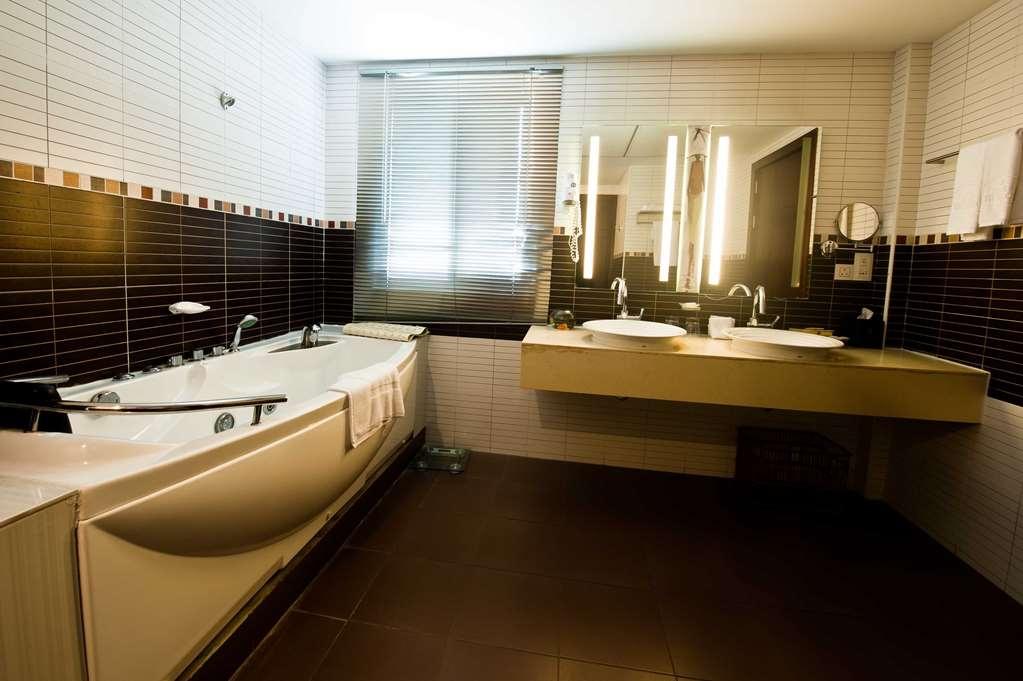 Best Western Premier Accra Airport Hotel - Zimmer Annehmlichkeiten