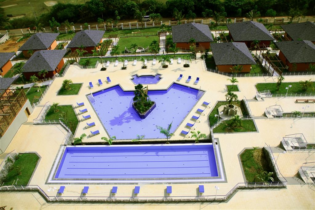 Best Western Plus Atlantic Hotel - Piscina all'aperto