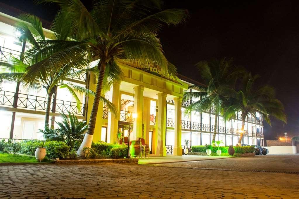 Best Western Plus Accra Beach Hotel - Außenansicht