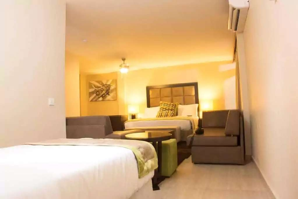 Best Western Plus Accra Beach Hotel - Family room, 1 double bed and 1 single bed