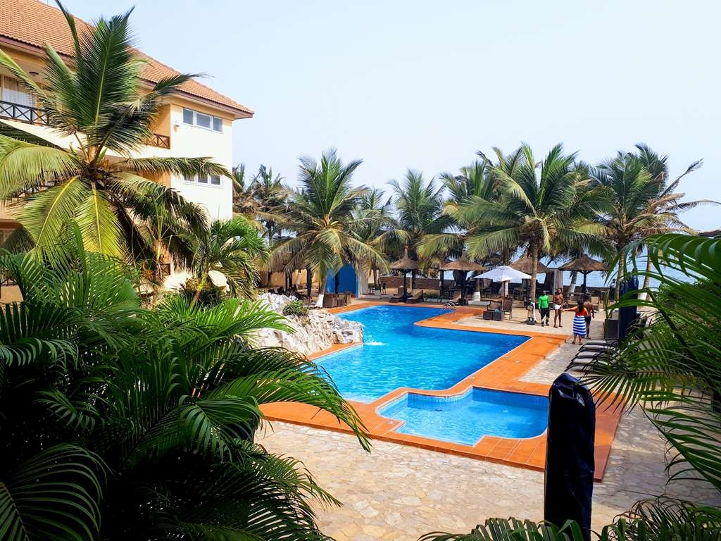 Best Western Plus Accra Beach Hotel - Swimming Pool