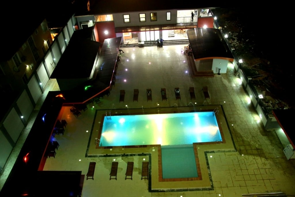 Best Western Plus Elomaz Hotel - Piscina