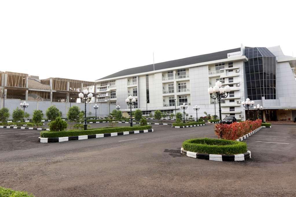Best Western Plus Enugu - Façade