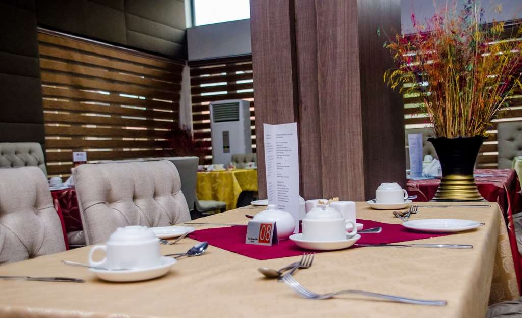 Best Western Plus Ibadan - Restaurant / Etablissement gastronomique