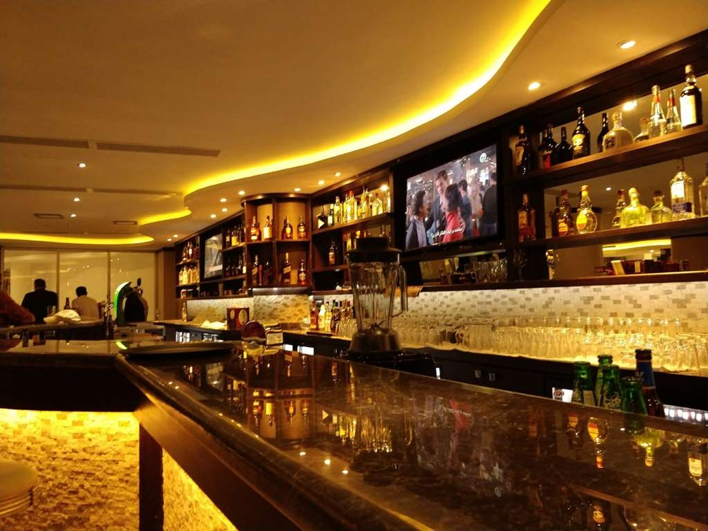 Best Western Plus Addis Ababa - Bar / Lounge