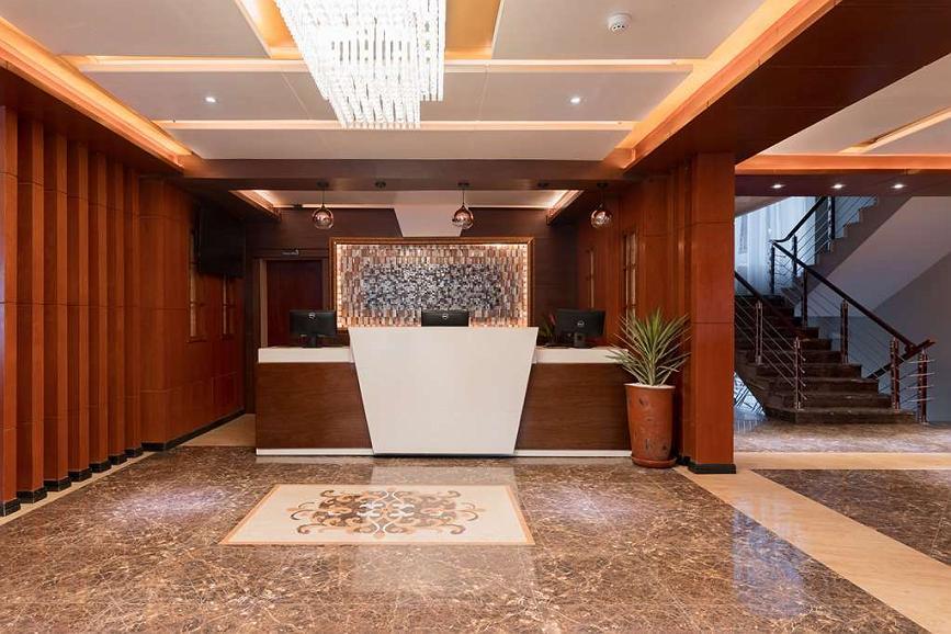 Best Western Plus Pearl Addis - Vista del vestíbulo