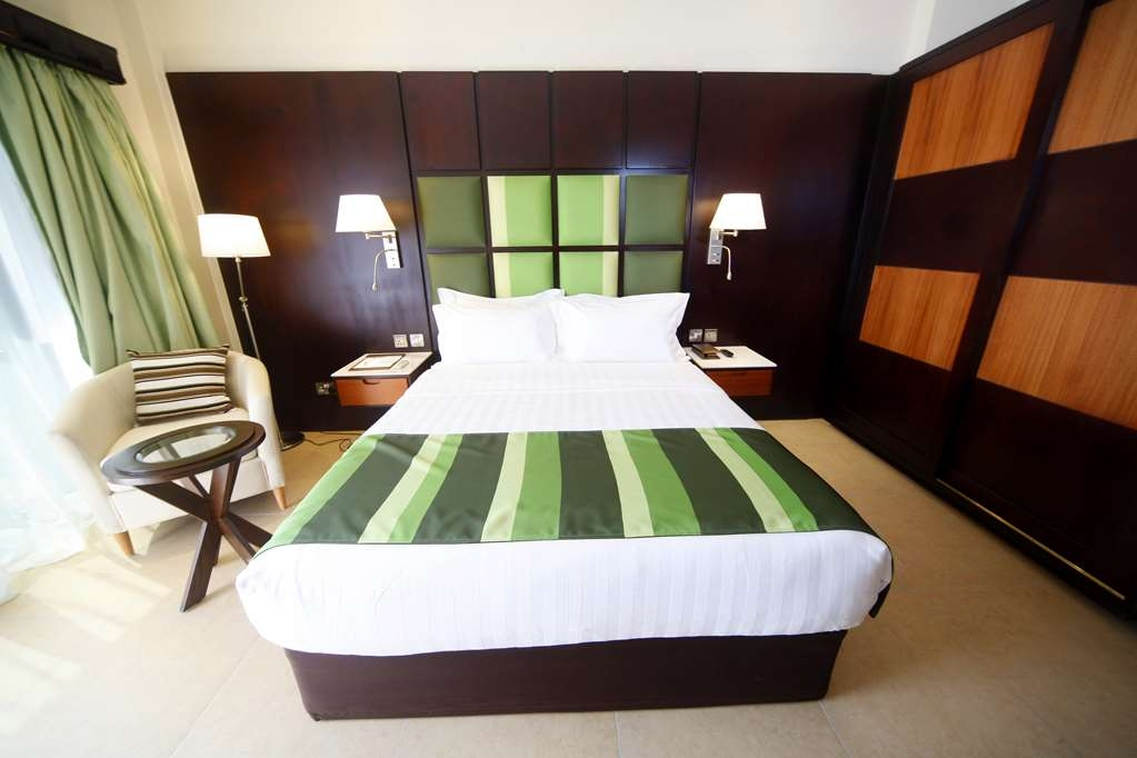 Best Western Premier Garden Hotel Entebbe - Deluxe Guest Room