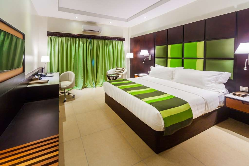 Best Western Premier Garden Hotel Entebbe - King Room