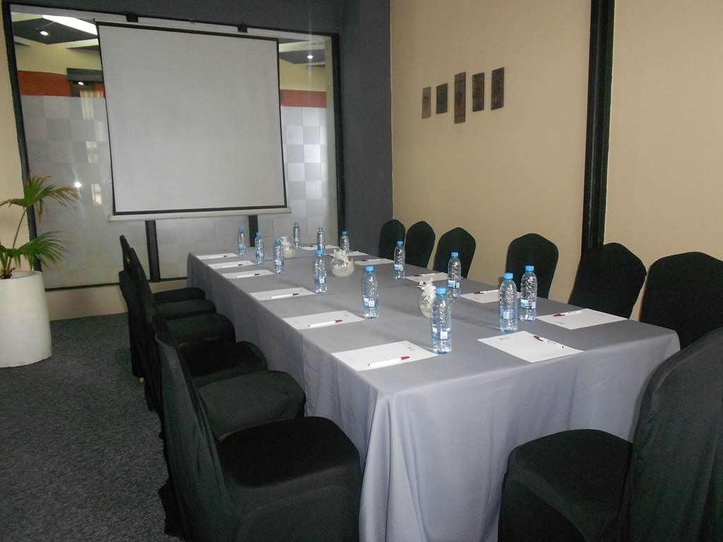 Best Western Plus Lusaka Grand Hotel - Meeting Room