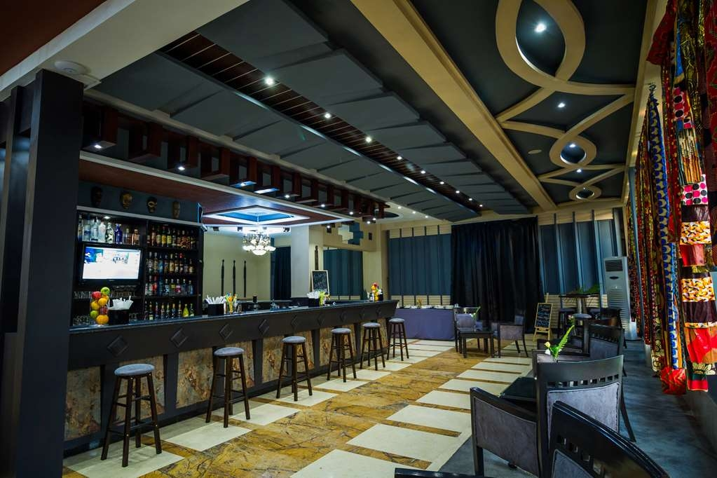Best Western Plus Lusaka Grand Hotel - Bar