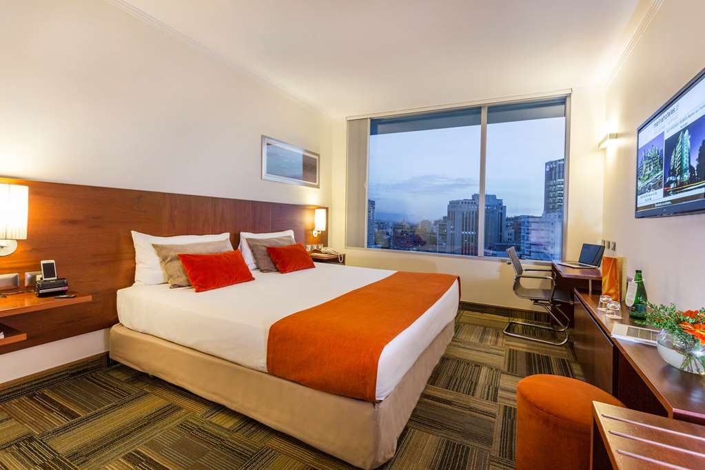 Best Western Premier Marina Las Condes - King Bed Guest Room