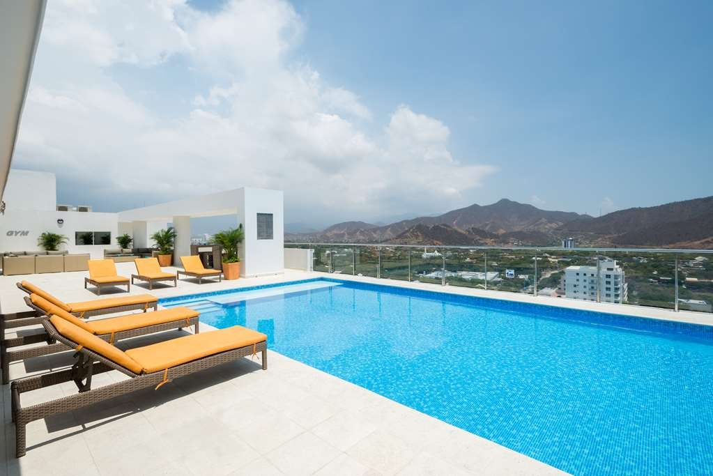 Best Western Plus Santa Marta Hotel - Swimming Pool