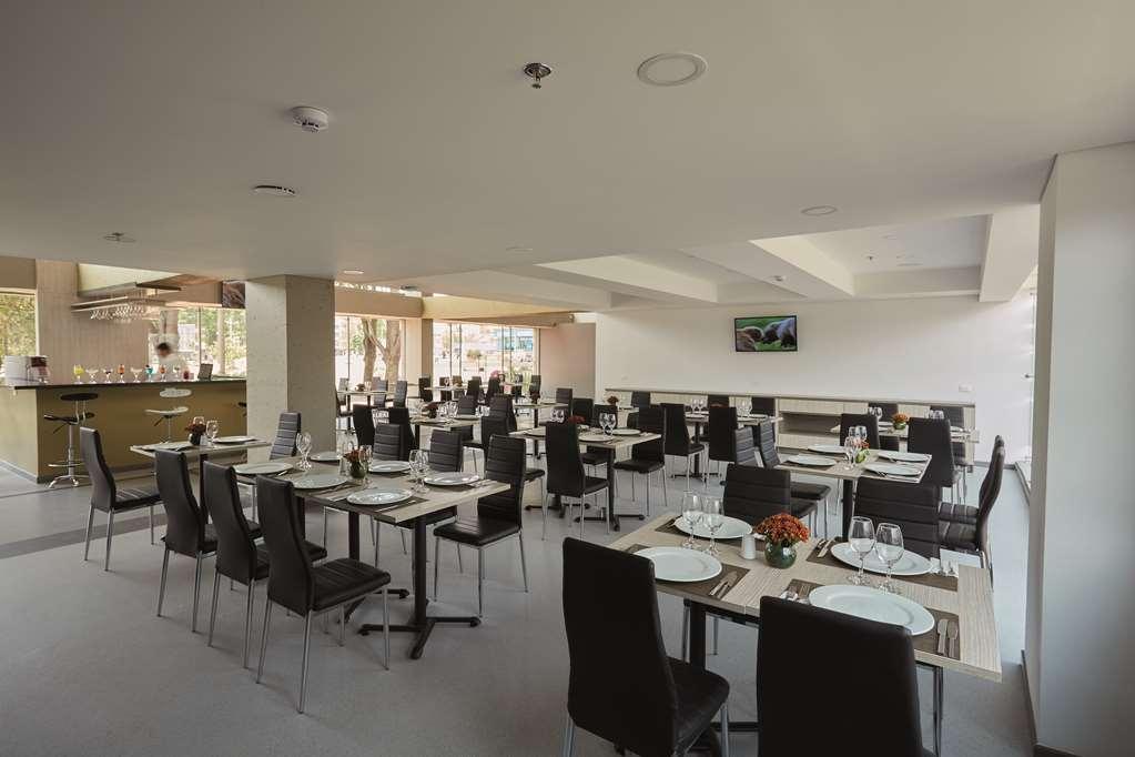Best Western Duitama Nivari Hotel - Restaurant / Etablissement gastronomique