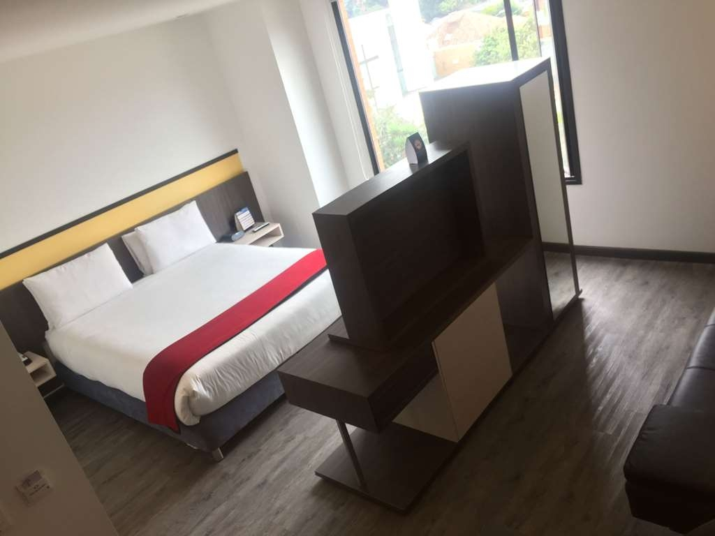 Best Western Calleja Suites - Habitaciones/Alojamientos