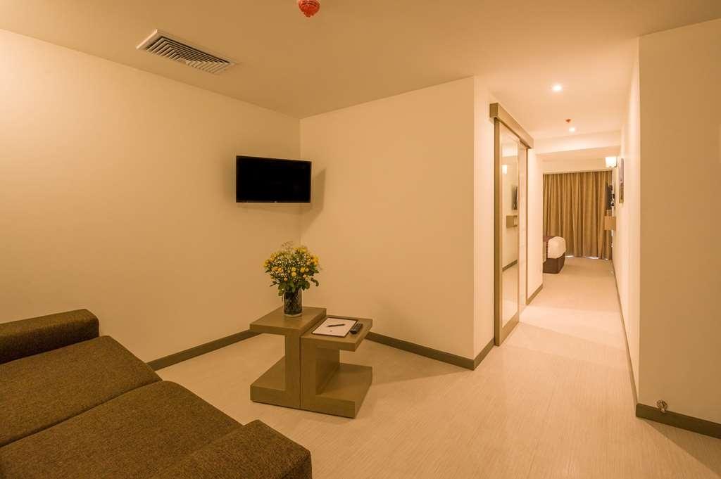 Best Western Plus Urban Larco Hotel - Chambre d'agrément