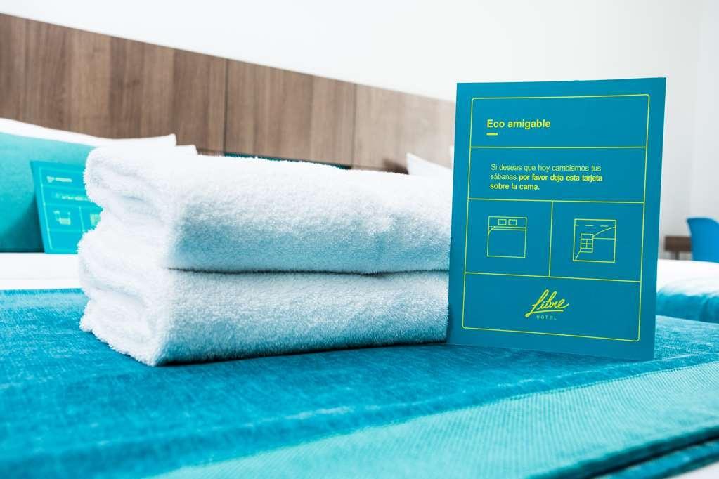 Libre Hotel, BW Signature Collection - habitación de huéspedes-amenidad