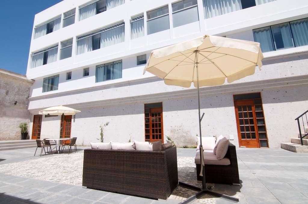 SureStay Plus Hotel by Best Western Tierrasur Colonial - proprietà amenità