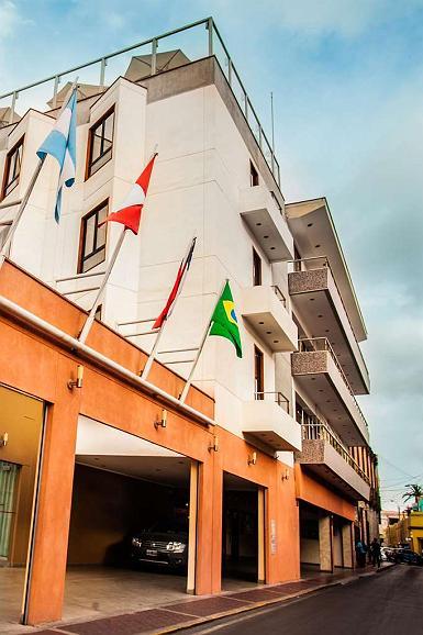 SureStay Plus Hotel by Best Western Dorado - Facciata dell'albergo