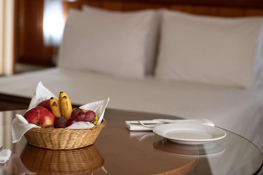 SureStay Plus Hotel by Best Western Dorado - Gästezimmer/ Unterkünfte