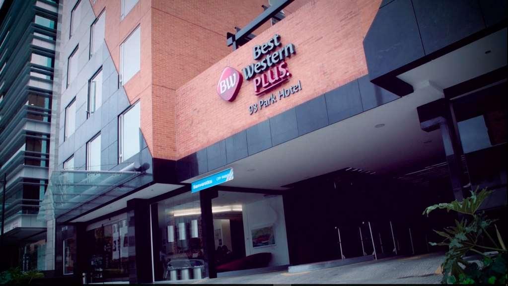 Best Western Plus 93 Park Hotel - Exterior
