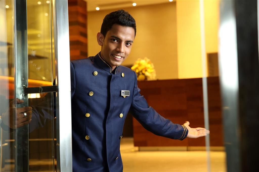 Best Western Elyon Colombo - concierge