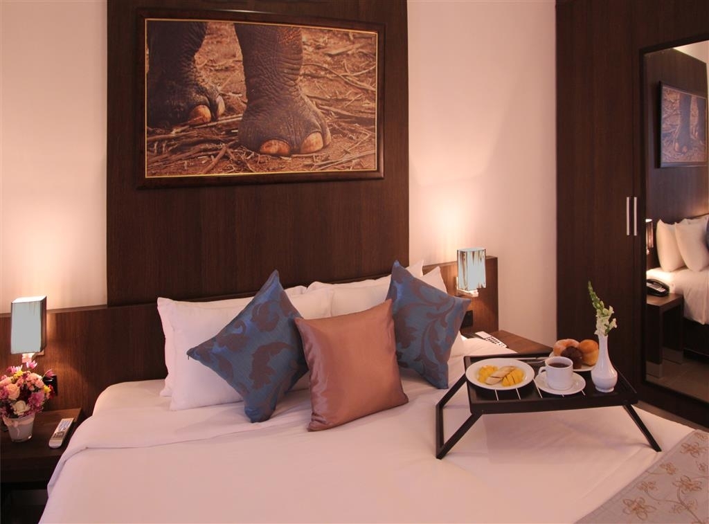 Best Western Elyon Colombo - 1 King Bed