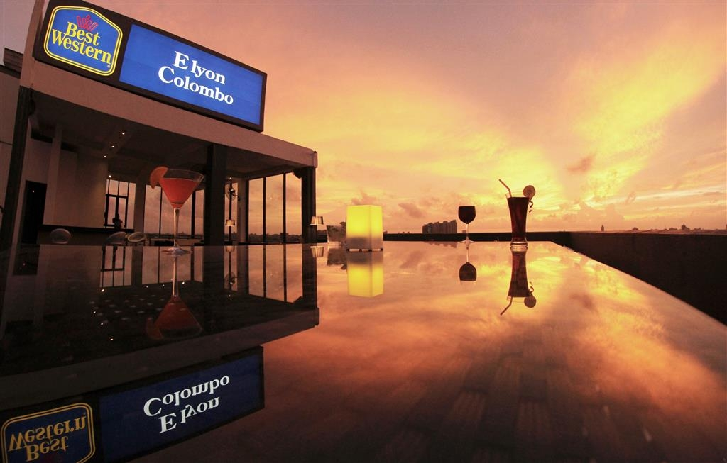Best Western Elyon Colombo - Bar sur le toit