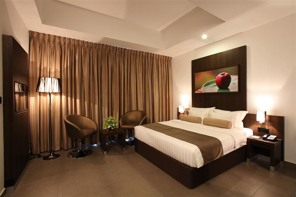 Best Western Elyon Colombo - Guest room