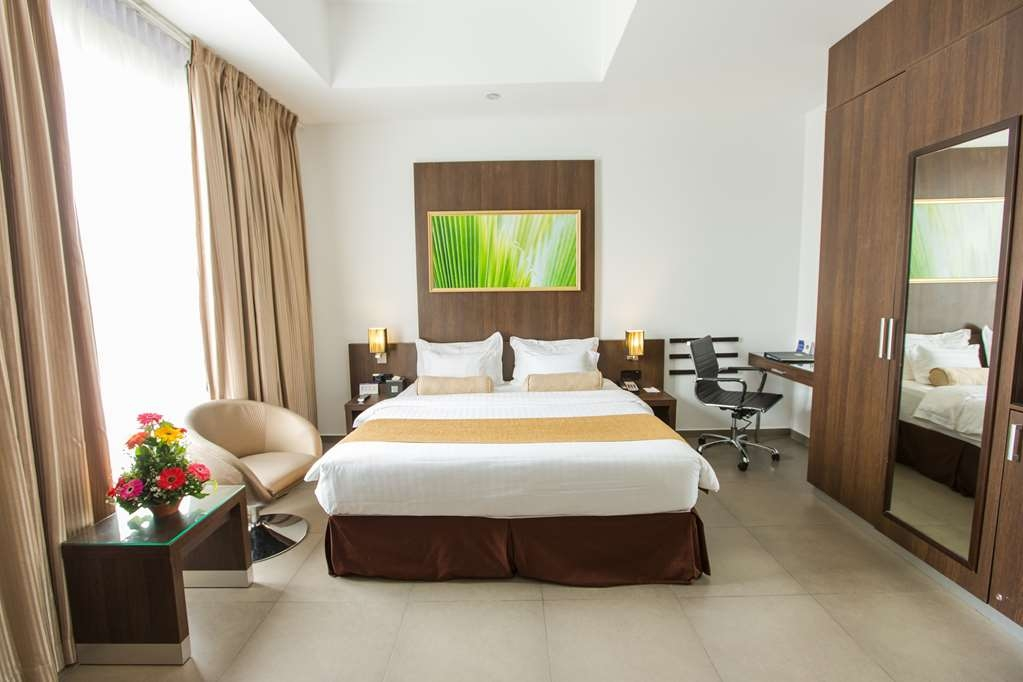 Best Western Elyon Colombo - King Bed