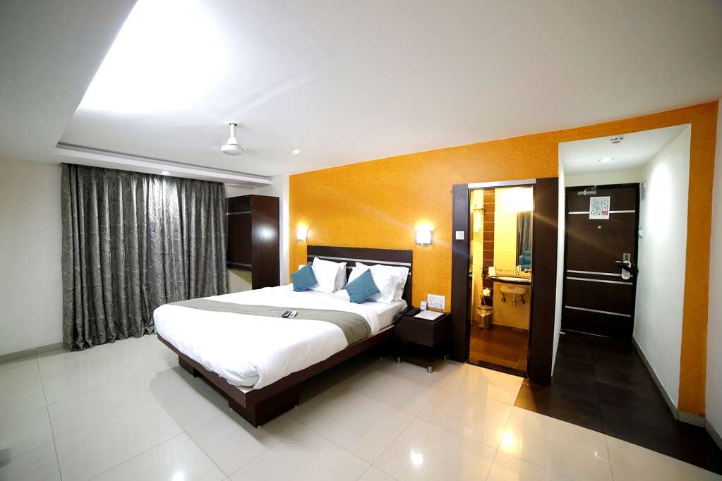 Best Western Yuvraj - One King Bed