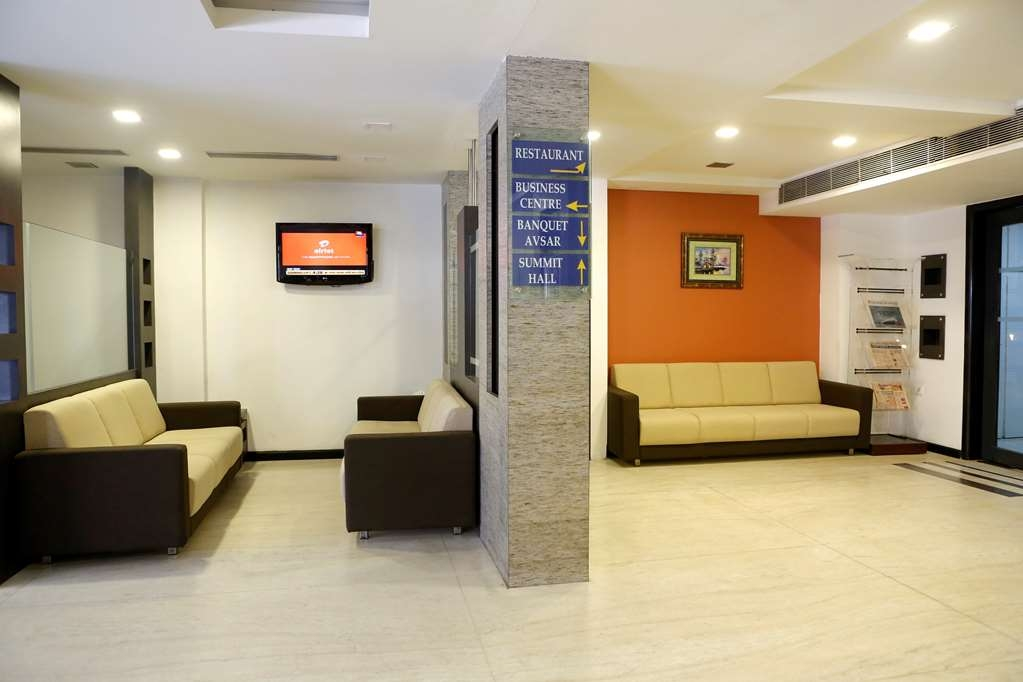 Best Western Yuvraj - Business Center