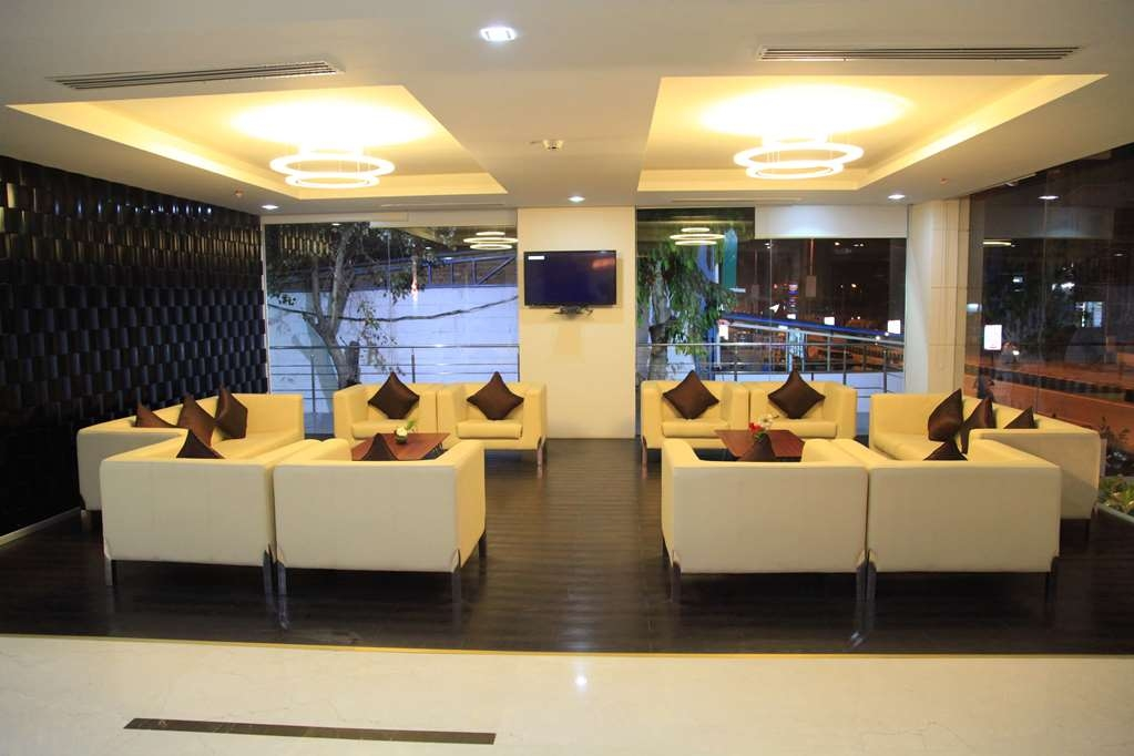 Best Western Tirupati - Bar / Lounge