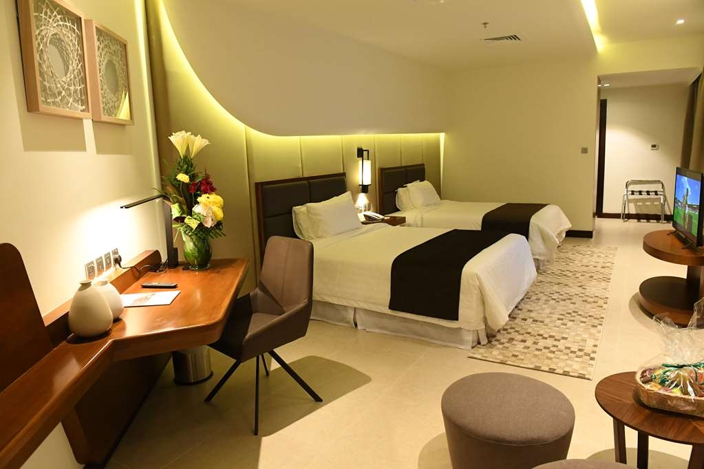 Arch Hotel, BW Signature Collection - Premium Guest Room with Two Twin Size Beds
