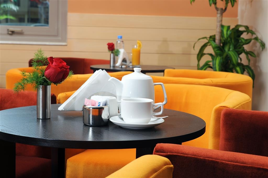 Best Western Plus Mahboula - café
