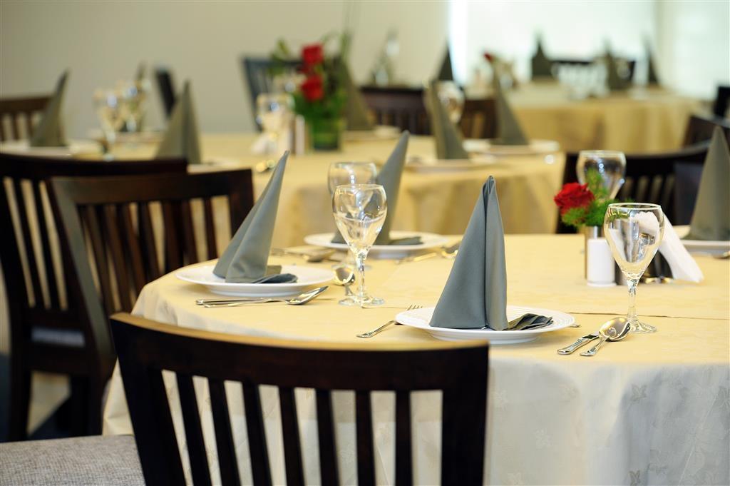 Best Western Plus Mahboula - Salle de réception