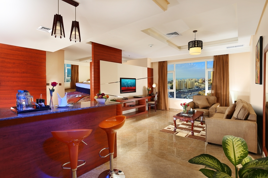 Best Western Plus Salmiya - Superior King Suite