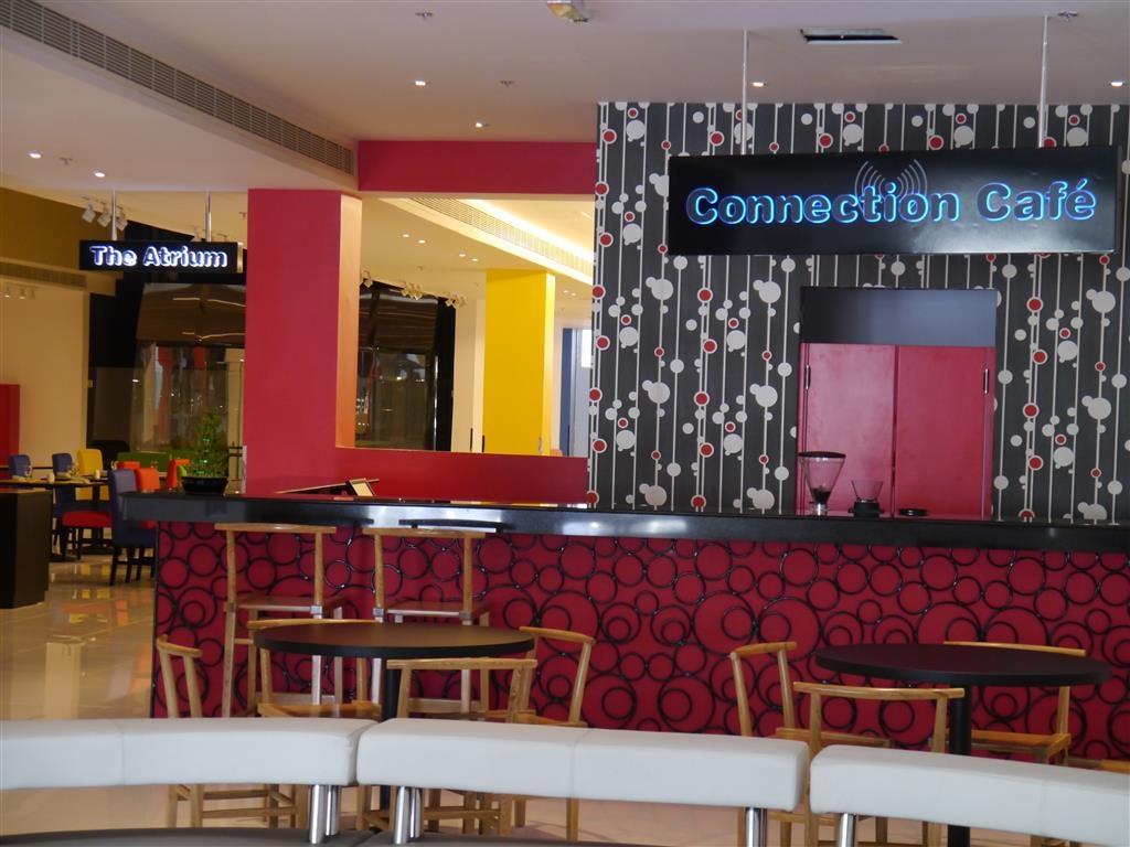Best Western Premier Muscat - café