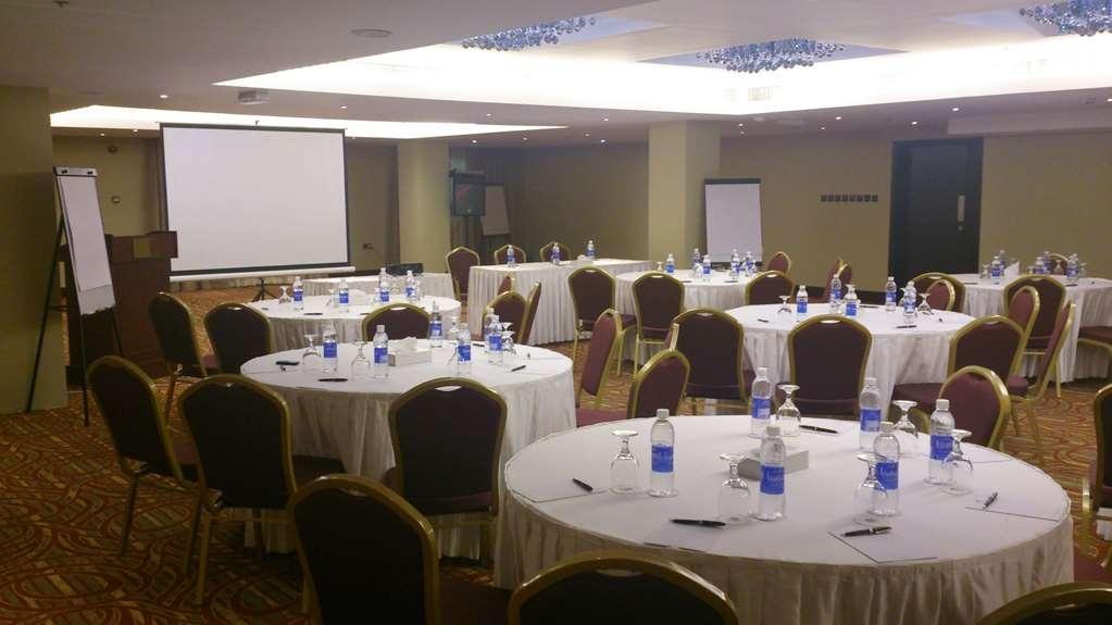Best Western Premier Muscat - Sala de reuniones