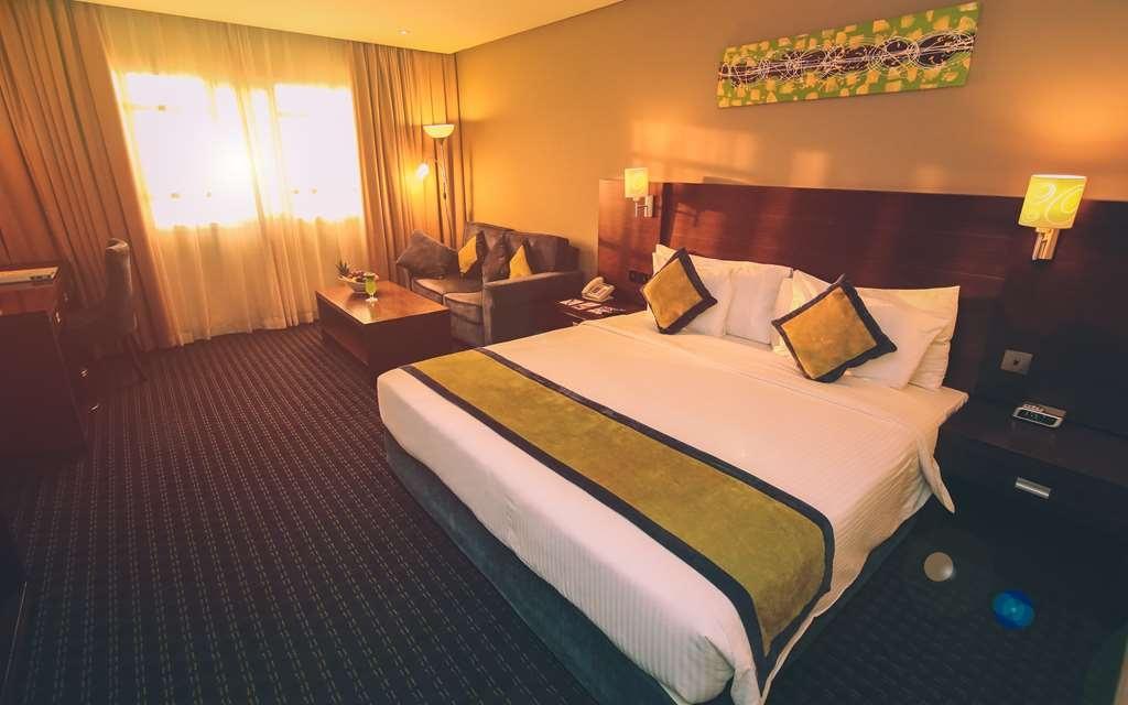Best Western Premier Muscat - Superior King Room