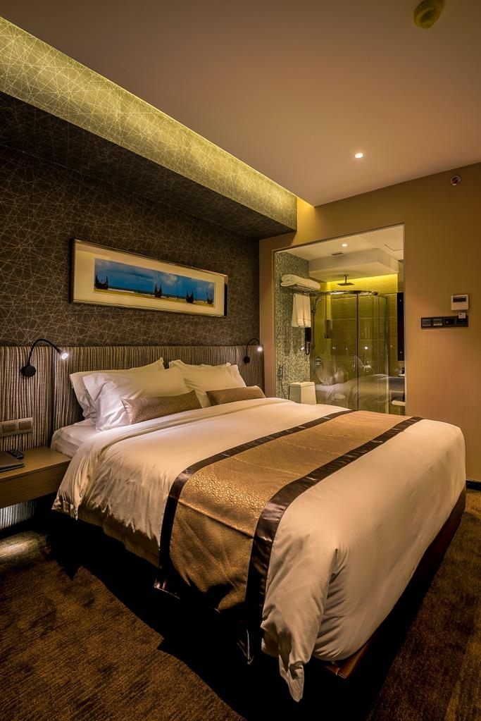 Best Western Plus Maple Leaf - Double Bed Guest Room