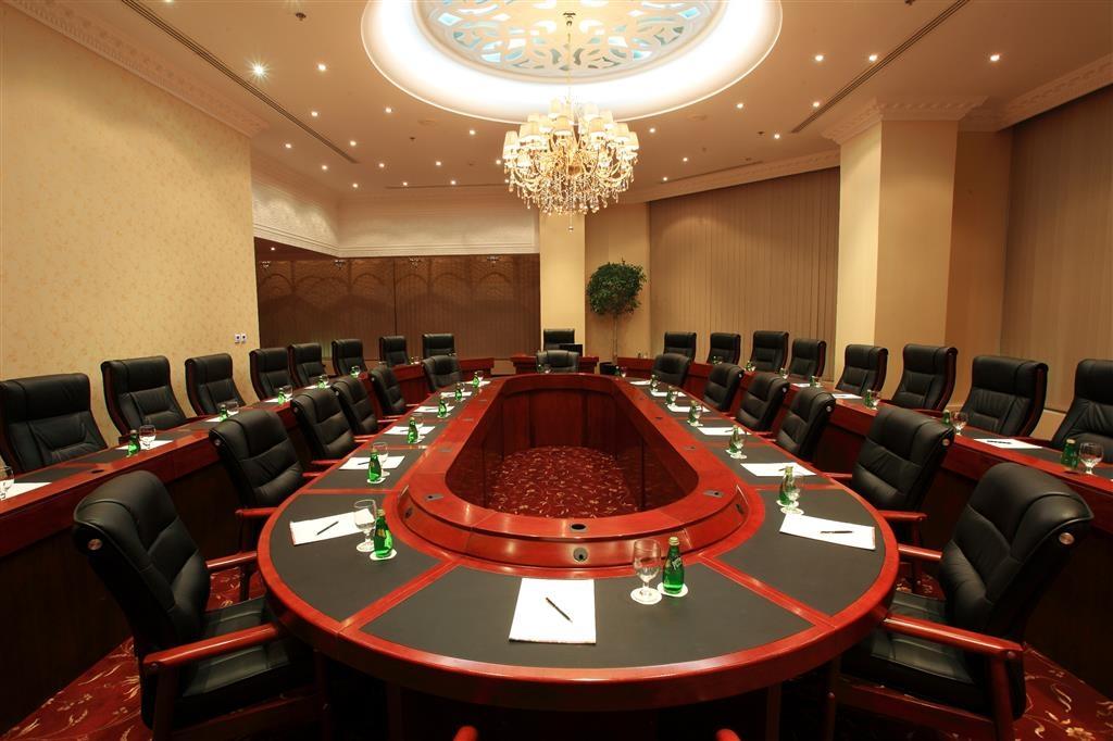 Best Western Plus Doha - Salle de réunion