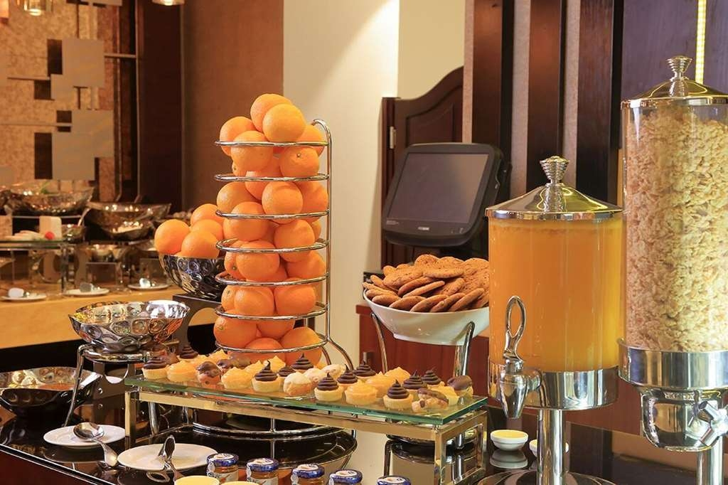 Best Western Plus Fursan Hotel - Restaurante/Comedor
